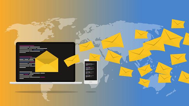 Uživatelé internetu zasaženi přívalem e-mailů od různých firem