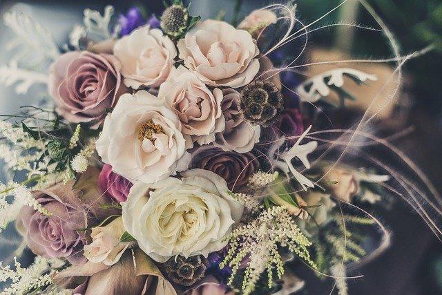 vázáná kytice