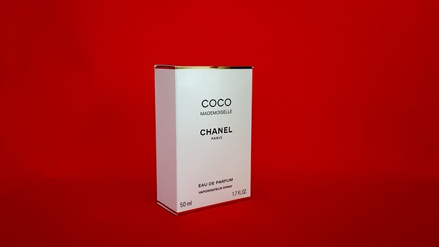 krabička od parfému