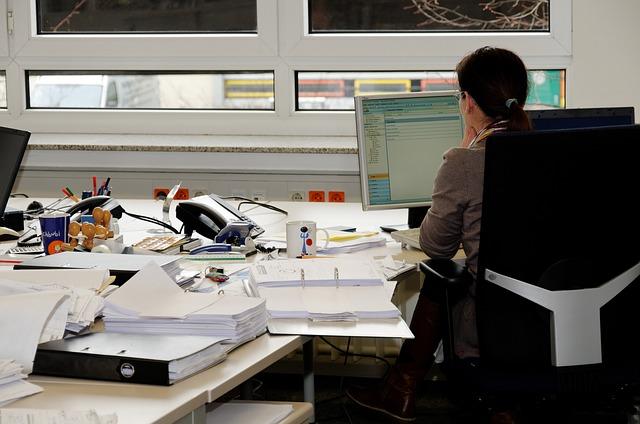 sekretářka úřadu